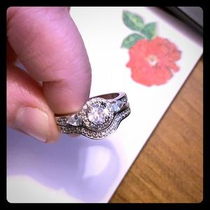 Jewelry - 💕Wedding Ring Set🌸